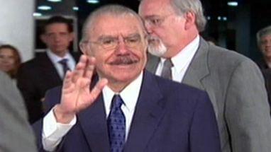 Entre 2005 e 2008, senador chegou a empregar nove pessoas no próprio gabinete, entre familiares e correligionários