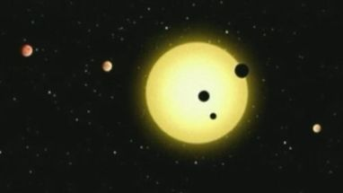 """O sistema fica a 2 mil anos luz da Terra; a estrela parecida com o Sol chama-se """"Kepler-11"""""""