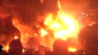 Diversos pontos de incêndio foram registrados no Japão; bombeiros tentavam controlar incêndio em refinarias