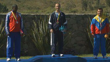 Emil Ivanov Milev ficou com o ouro; prata para Juan Pérez (CUB) e bronze para Franco Di Mauro (VEN)