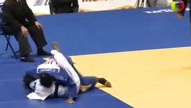 Brasileira perde para experiente cubana Yurisleidys Lupetey após receber duas advertências; Rafaela Silva ficou com a prata