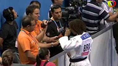 Rafaela Silva perdeu o ouro  para a cubana Yurisleidys Lupetey após receber duas advertências do árbitro da luta