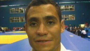 Depois de derrotar argentino Alejandro Clara em 17s, Bruno Mendonça rejeita comparação com Leandro Guilheiro