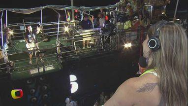 André Lellis passou com o bloco Me Ama pelo circuito Barra-Ondina no 6° dia de Carnaval na Bahia