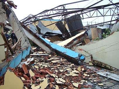 Ginásio desabou após vendavais que atingiram a região de Araranguá. Foto: Fernanda Guidi/Correio do Sul/Divulgação